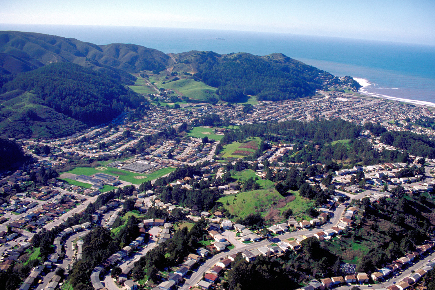 Pacifica_California_aerial_view